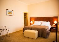 ����� Ani Plaza Hotel: ����� Status Suite