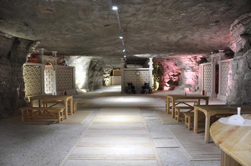 Кафетерий в соляной пещере