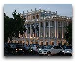Азербайджан: Литературный музей