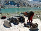 Таджикистан: Горное озеро летом