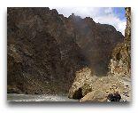 Таджикистан: Горная река