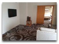 отель Hyatt Regency Bishkek: НомерRegency Suite люкс Vizir Suite