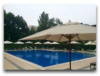 отель Hyatt Regency Bishkek: Бассейн отеля