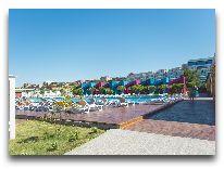 отель AF Hotel Aqua Park: Територия