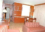 отель Afra: коттедж