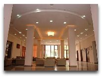 отель Afra: Холл