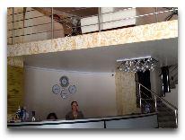 отель Aisi: Ресепшен