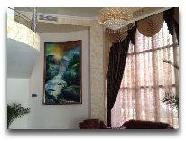 отель Aisi: Холл отеля