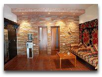отель Alva: Комната в коттедже