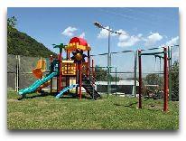 отель Alva: Детская площадка