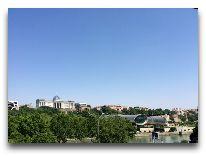 отель Ambasadori: Вид из номера Luxury Suite