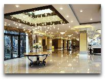 отель Ambasadori: Холл
