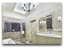 отель Ambasadori: Номер Royal Suite