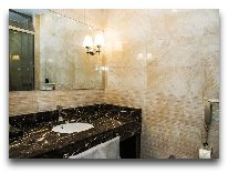 отель Амбассадор: Ванная комната