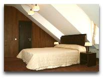 отель Amberton Cozy: Двухместный номер в мансарде
