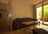 отель Amberton Green Apartments: Гостиная в апартаментах с двумя спальнями