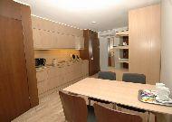 отель Amberton Green Apartments: Гостиная в люкс апартаментах