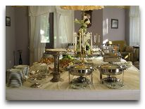 отель Ammende Villa: Шведский стол