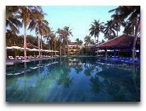 отель Anantara Mui Ne Resort & Spa: Бассейн