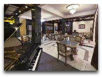 отель Ani Central Inn: Холл отеля