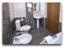 отель Ani Central Inn: ванная люкс--