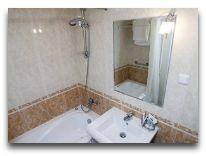 отель Ani Plaza Hotel: Ванная