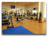 отель Ani Plaza Hotel: Фитнес центр
