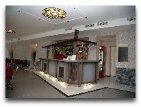 отель Apalenis: Бар