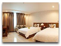 отель Aquari Hotel: River view deluxe room