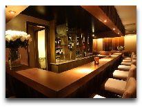 отель Aquari Hotel: Бар