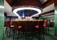 отель Aquarius SPA: Бар в ночном клубе