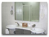 отель Ararat Hotel: Ванная номера Executive Suite