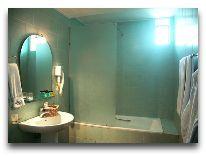 отель Ararat Hotel: Ванная номера Family Suite
