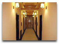 отель Арба: Коридор в отеле