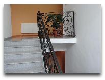 гостевой дом Argopalace: Лестница