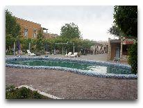 отель Asia Bukhara: Бассейн отеля