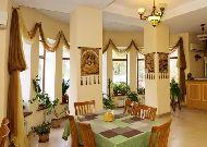отель Asia Mountains 2: Ресторан