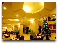 отель Asia Paradise Hotel: Лобби
