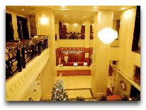 отель Asia Paradise Hotel: Холл
