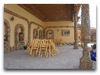 отель Asia Khiva: Летний дворик