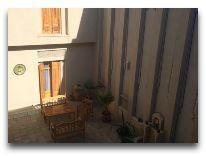 отель АSL: Внутренний дворик