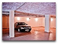 отель Astoria: Подземная парковка
