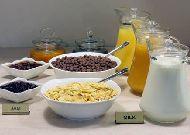 отель Minotel Barsam Suite Hotel: Завтрак