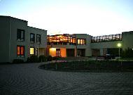 отель Auska: Здание отеля