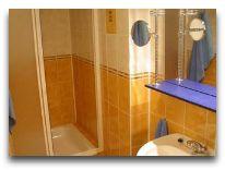 отель Azuolynas (Juodkrante): Ванная комната в двухмстных апартаментах