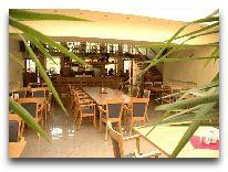 отель Azuolynas (Juodkrante): Ресторан