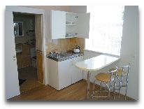 отель Azuolynas (Juodkrante): Четырехместный апартамент c миникухней