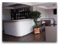 отель Barsuna: Бар отеля