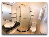отель Bass Hotel: Ванная комната в номере SGL