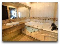 отель Bass Hotel: Ванная комната в номер Senior Suite